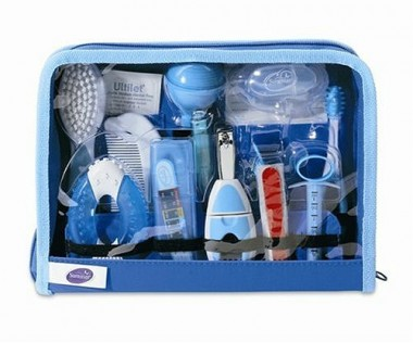 Summer Infant Deluxe Nursery & Bath Care Kit (24 pieces)