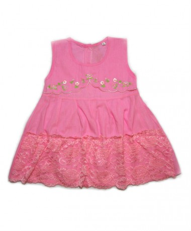 Pink dress with lace pattern